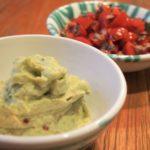 Guacamole - Avocado mit Zitrone, Chili, Koriander