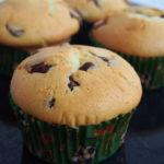 Muffins-mit-Schokostücken