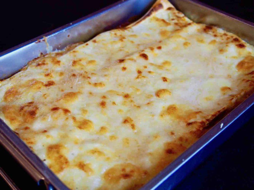 Lasagne in der Form